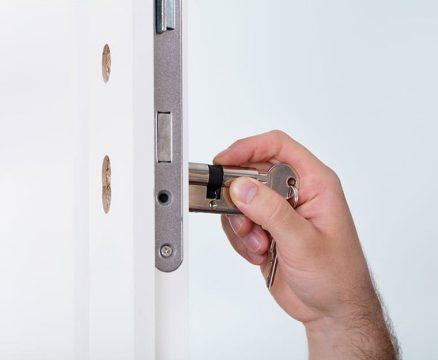 instalacion de cerradura eléctrica